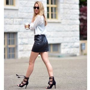 Banana Republic Genuine Leather Skirt